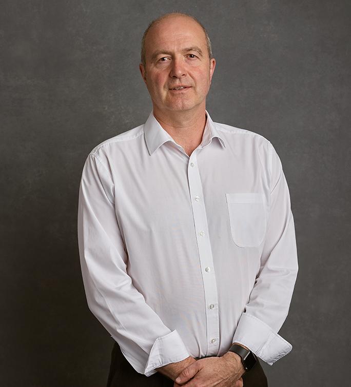 Dr Peter Banks
