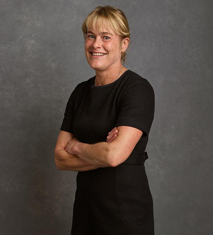 Dr Cath Dixon